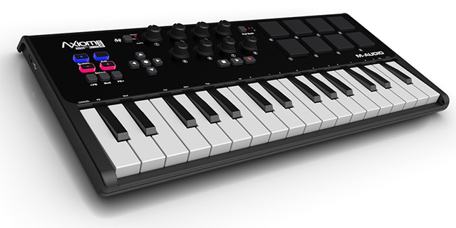 MIDI keyboard  M-Audio Axiom AIR Mini 32
